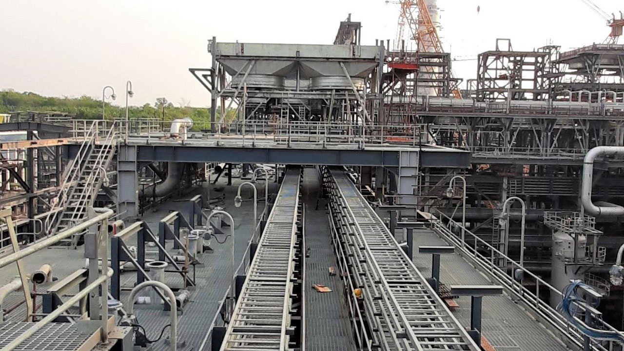 BPCL Kochin Refinery – Electro Forged Gratings for MS Block, LSTK-NHT Package, PENEX & BOP.